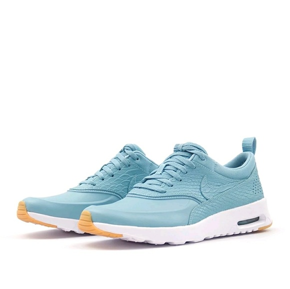 brand new cdbb9 4d6ed Nike Air Max Thea PRM size 7 mica blue gum yellow